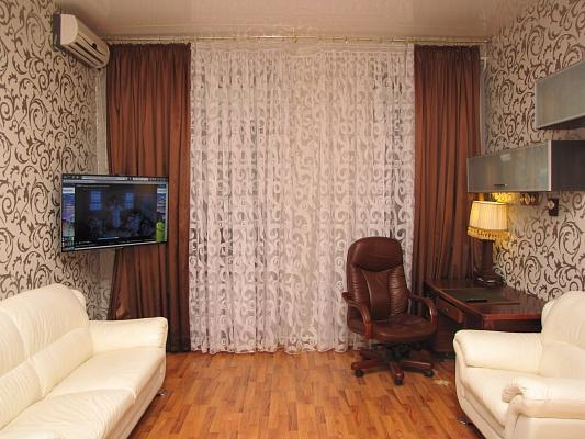 1-комнатная квартира посуточно в Одессе. Приморский район, пер. Воронцовский , 1. Фото 1