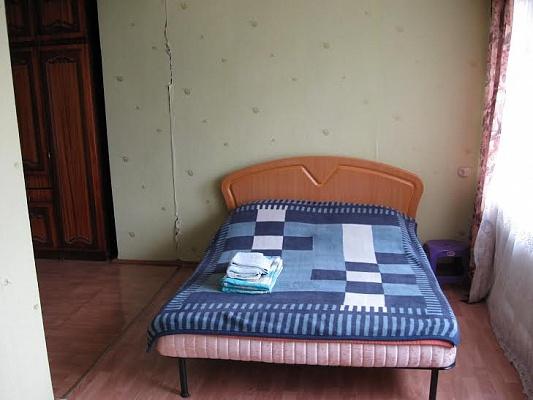 1-комнатная квартира посуточно в Одессе. Малиновский район, ул. Филатова, 5. Фото 1