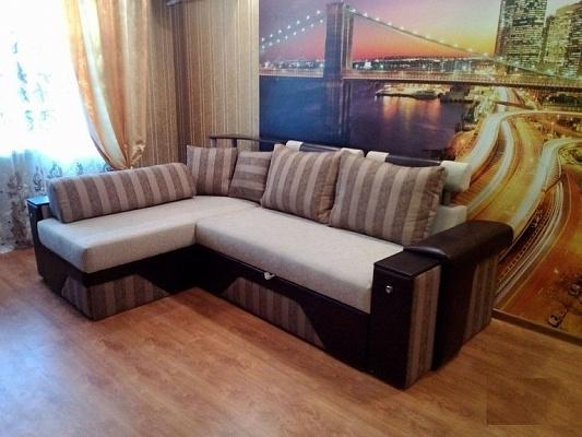 2-комнатная квартира посуточно в Макеевке. м-н Солнечный, 32. Фото 1