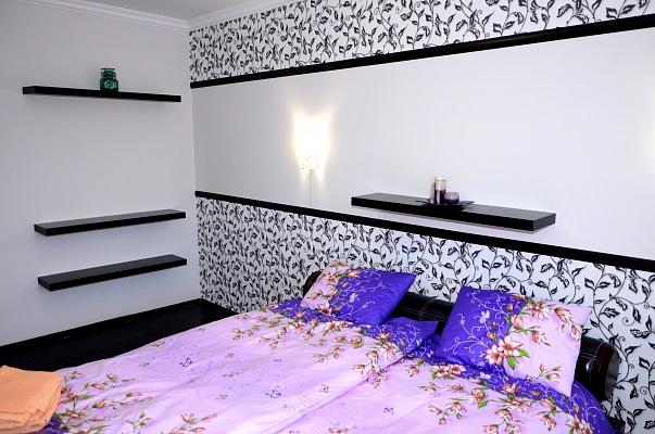 2-комнатная квартира посуточно в Львове. Лычаковский район, ул. Тершаковцев, 1. Фото 1