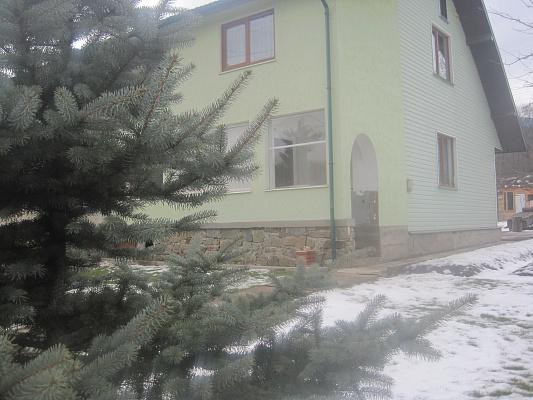 Дом  посуточно в Сколе. ул. Стрыйская, 39. Фото 1