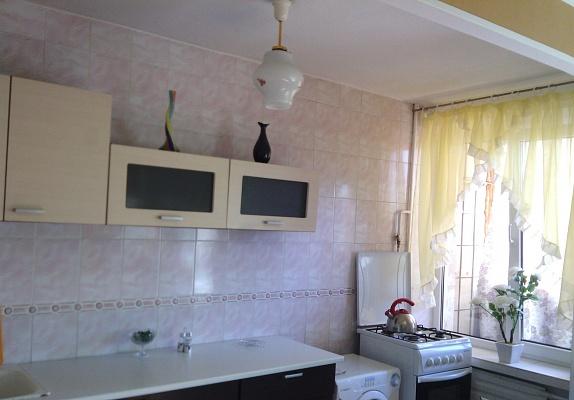 1-комнатная квартира посуточно в Киеве. Соломенский район, пр-т Воздухофлотский, 62. Фото 1
