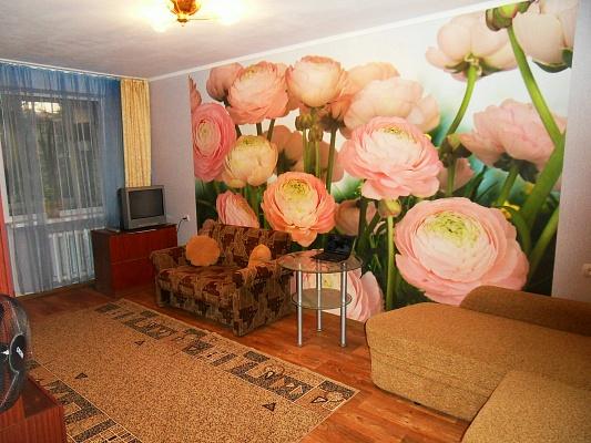 2-комнатная квартира посуточно в Алуште. ул. Ялтинская, 9. Фото 1