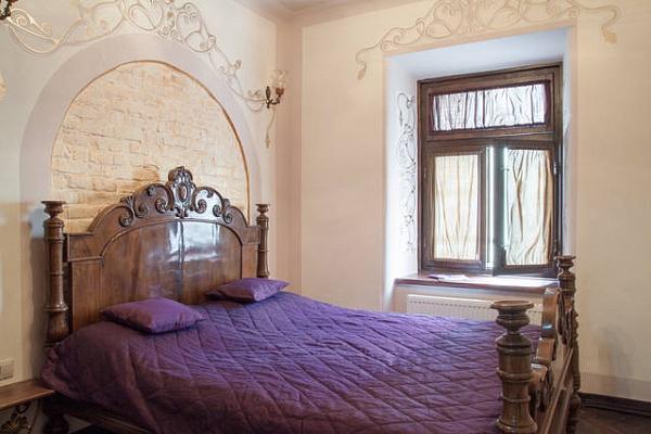 2-комнатная квартира посуточно в Львове. Галицкий район, ул. Армянская, 14. Фото 1