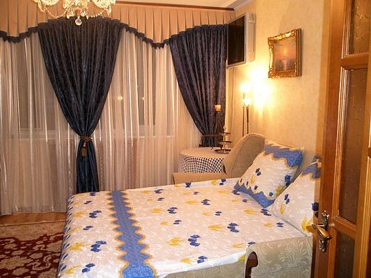 1-комнатная квартира посуточно в Севастополе. Гагаринский район, ул. Тульская, 3. Фото 1