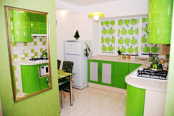 1-комнатная квартира посуточно в Донецке. Ворошиловский район, ул. Конституции, 6. Фото 1