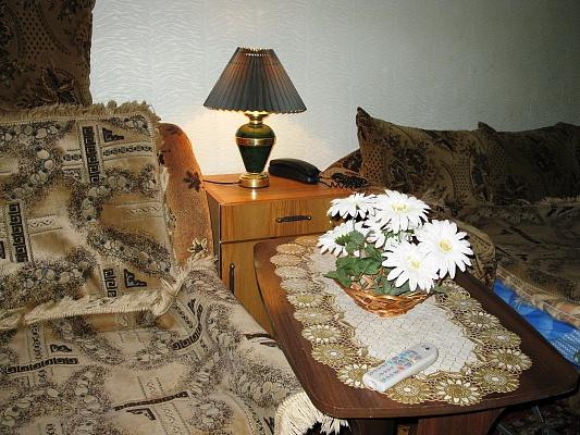 1-комнатная квартира посуточно в Ровно. ул. Киевская, 17. Фото 1
