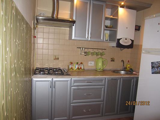 1-комнатная квартира посуточно в Львове. Галицкий район, ул. Головацкого, 8. Фото 1