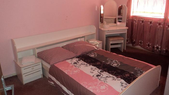 2-комнатная квартира посуточно в Ужгороде. ул. Можайского, 32. Фото 1